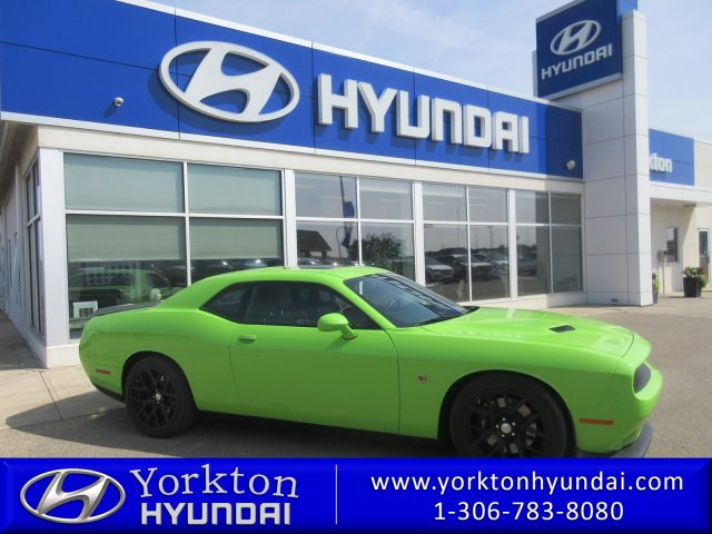 Pre-Owned 2015 Dodge Challenger Scat Pack